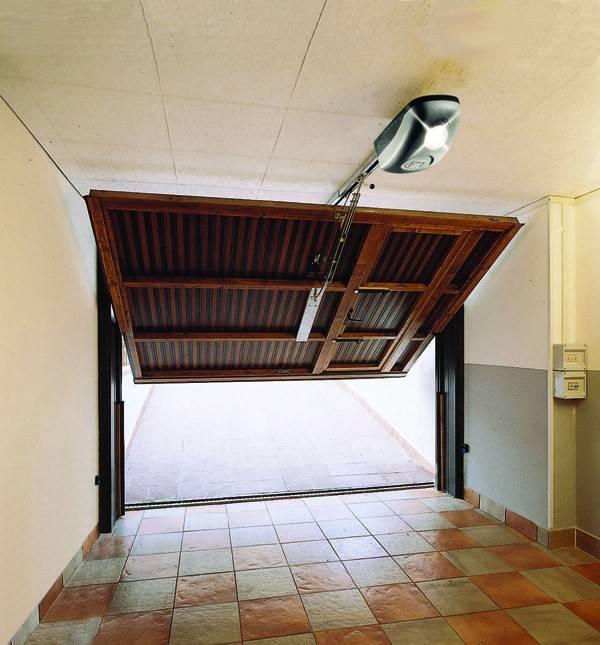 Automatisme de porte de garage et motorisation de porte de for Systeme de securite pour porte de garage basculante