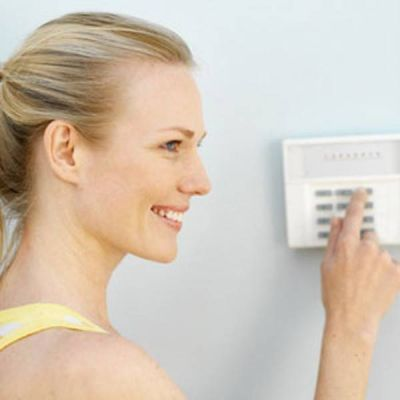 Installation d 39 alarmes filaires pour la maison marseille for Alarmes filaires pour maison